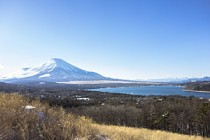 山中湖パノラマ台で、朝・昼・夜の景色を堪能♪